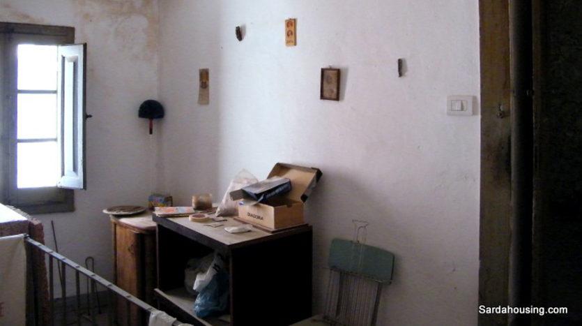 parete con quadretti S. Lussurgiu Casa